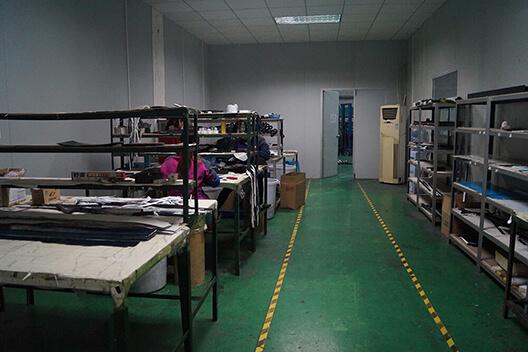 carbon-fiber-cloth-room